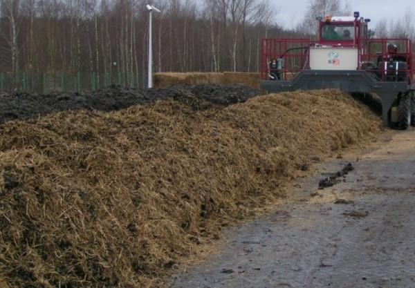 przerzucarka-kompostu-kolowa---f000045832
