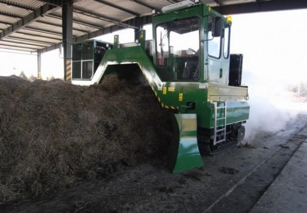 przerzucarka-kompostu-gasiennicowa---f000072092