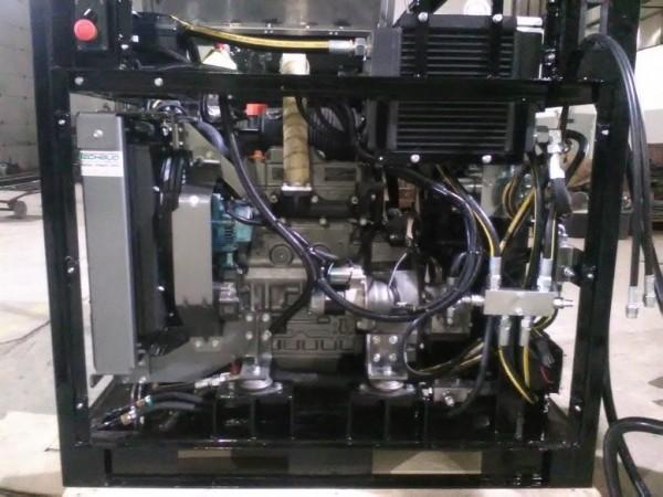zasilacz-hydrauliczny-z-silnikem-diesla